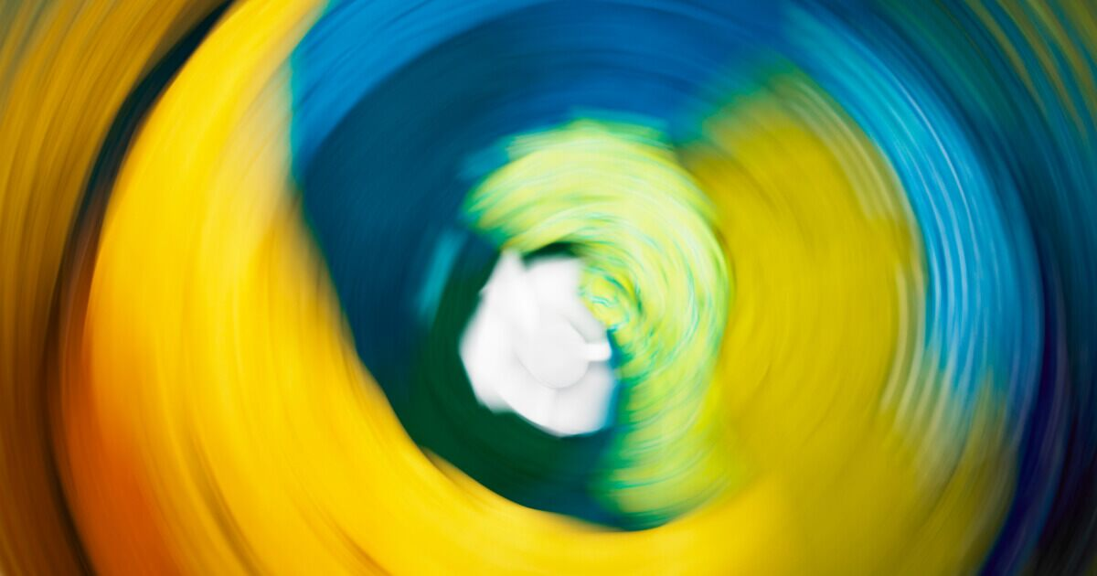 How To Wash Black White Or Colored Clothes Whirlpool