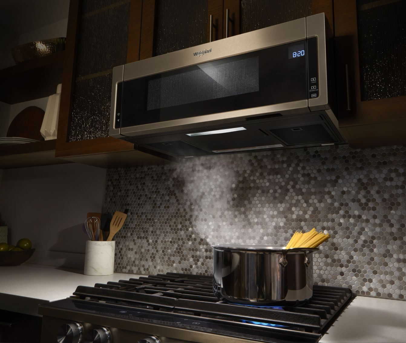 Kitchen Cabinet With Chrome Appliances